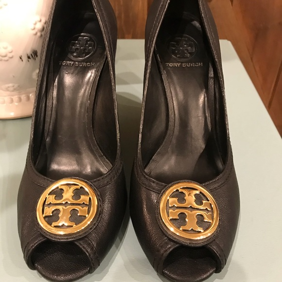 aee71f9577b2 Tory Burch Shoes - Women s 8.5 Tory Burch Black Gold Hardware Wedges